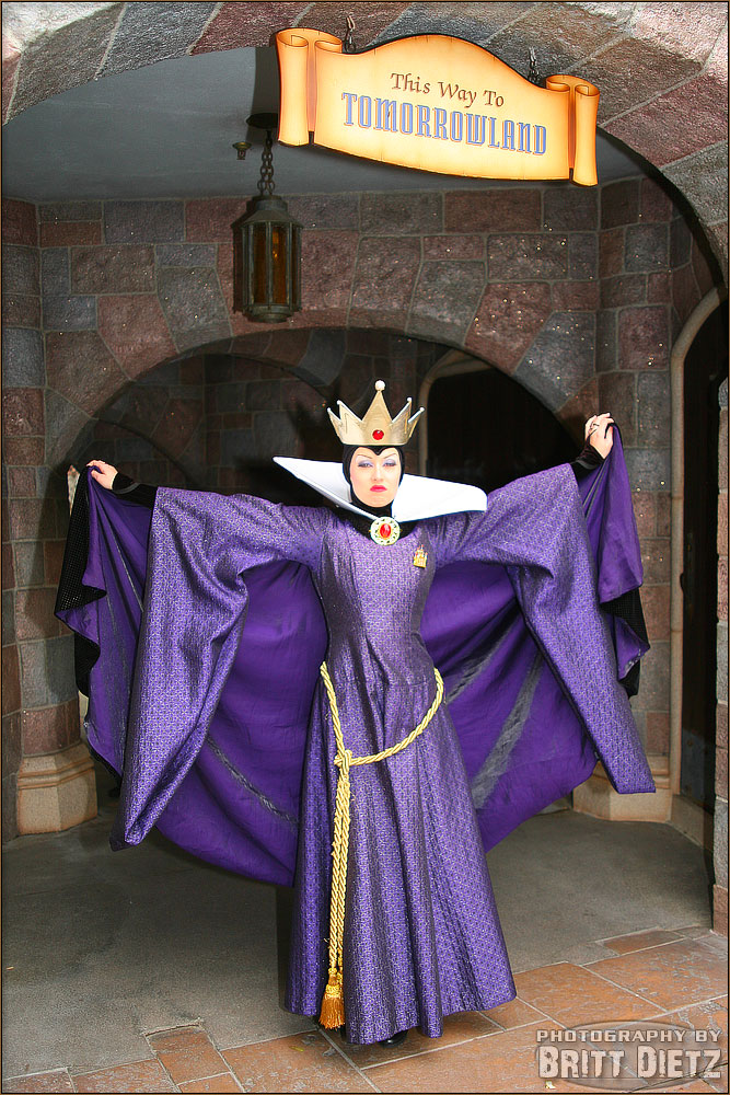 photographing disneyland the evil queen musings of an