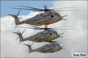 CH-53E Super Stallions pass in review at the 2009 MCAS Miramar Airshow