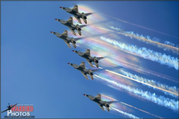 USAF Thunderbirds Formation Vapor at NBVC Point Mugu - August 7, 2010