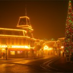 Fog rolls into Disneyland in California - December 13, 2010